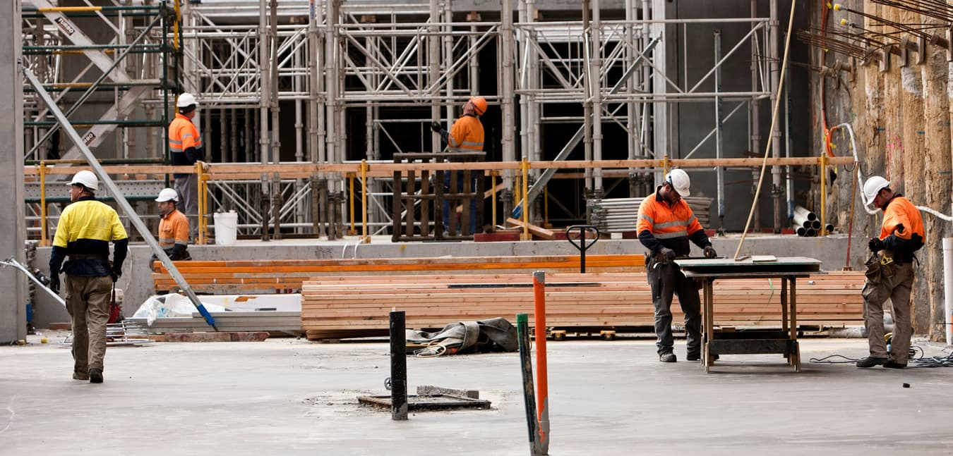 Australian construction site with workers - min